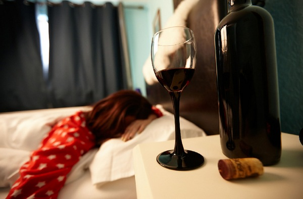 Алкоголь вредит сну