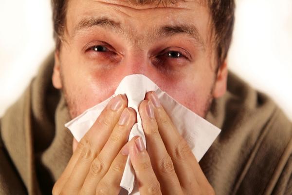 Аллергический ринит часто вызывает храп