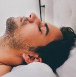 Неподходящая подушка может стать виновницей храпа