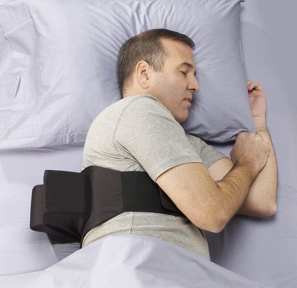 Приспособление для сна на боку